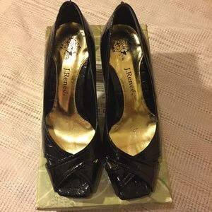 LIKE NEW J. Renee Black Arley Gator Heels